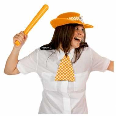 Oranje politie pet geblokte das