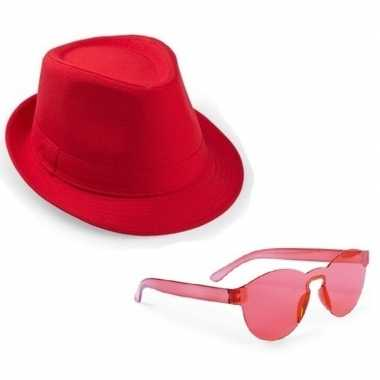 Toppers rood trilby party hoedje rode zonnebril
